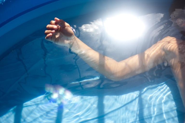 piscina de plastico na sacada